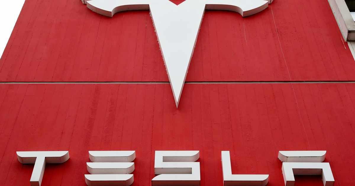 US renewable market sources tesla