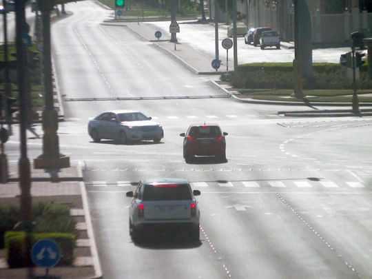 abu-dhabi light penalties traffic vehicle