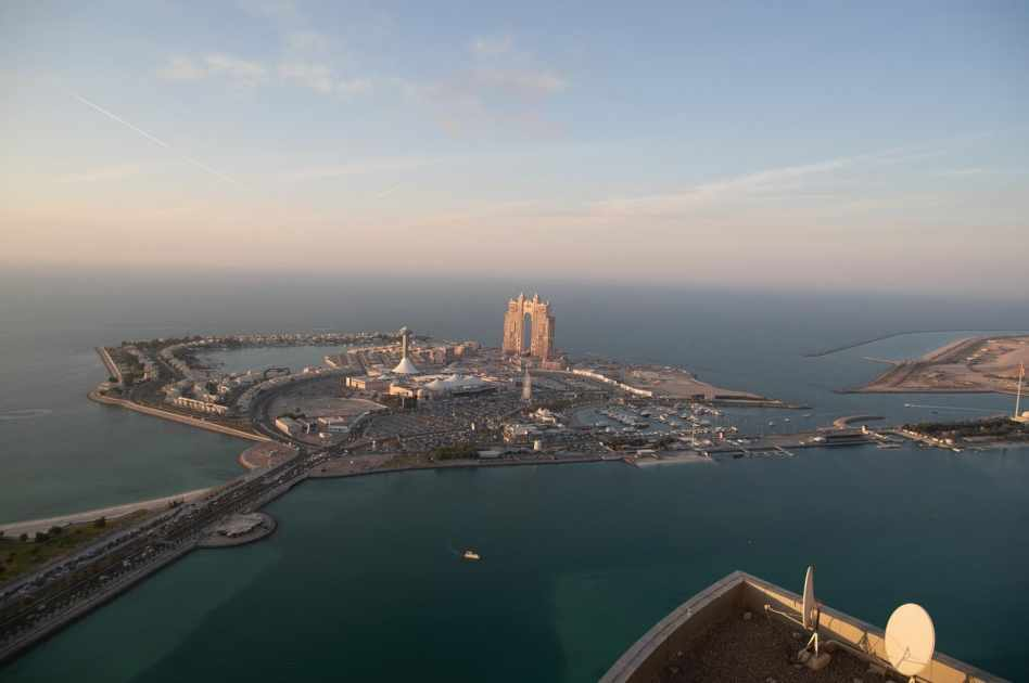 abu-dhabi tourism sector recovery department