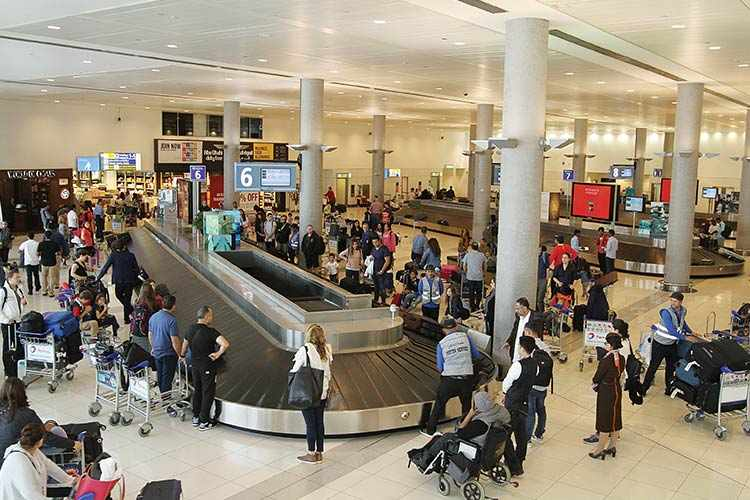 abu-dhabi vaccinated residents procedures travellers