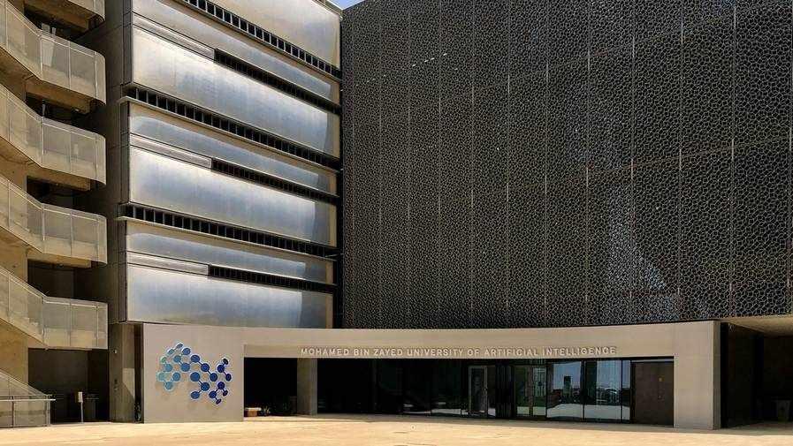 abu-dhabi world university