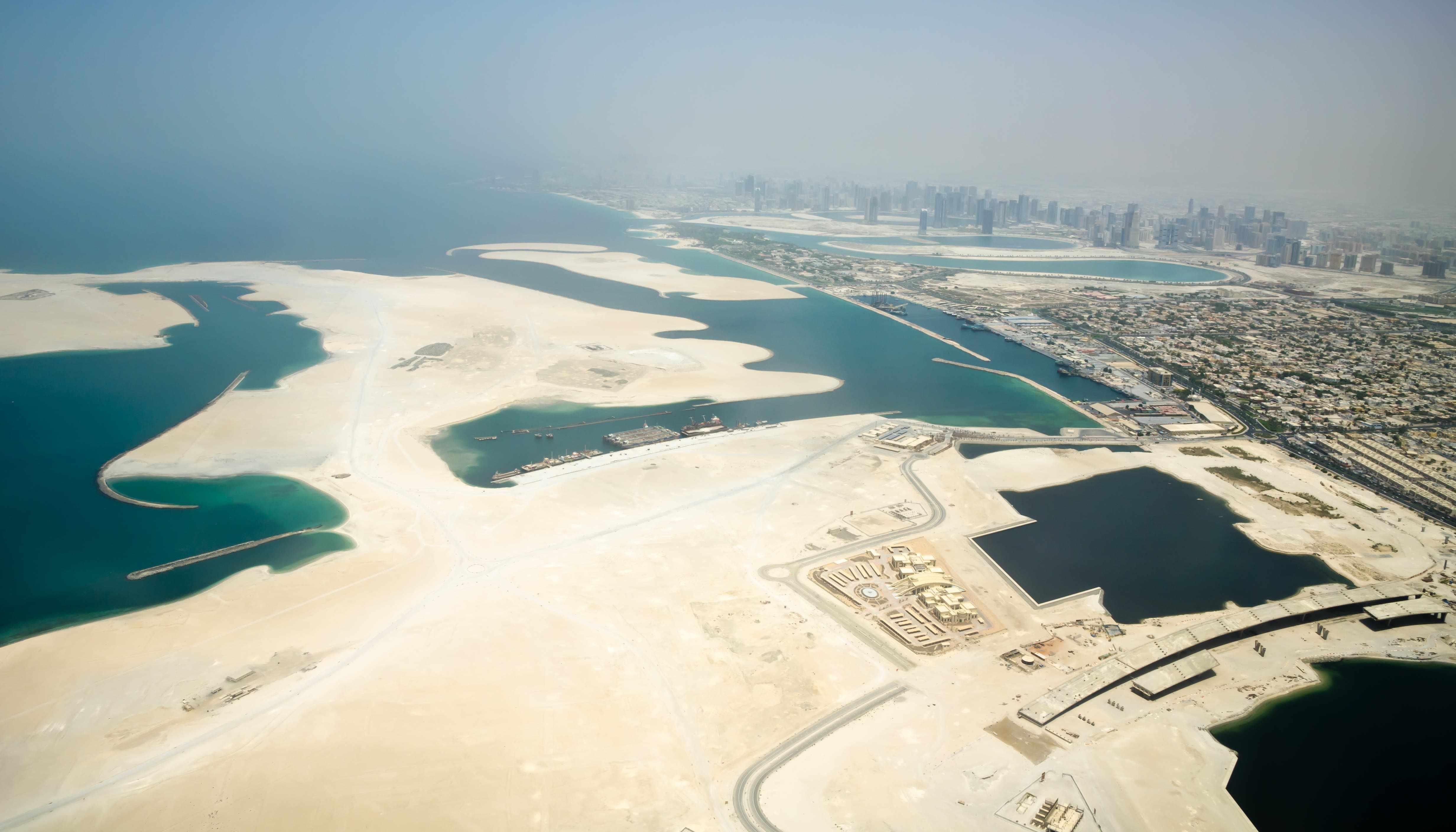 arab countries covid crisis seize