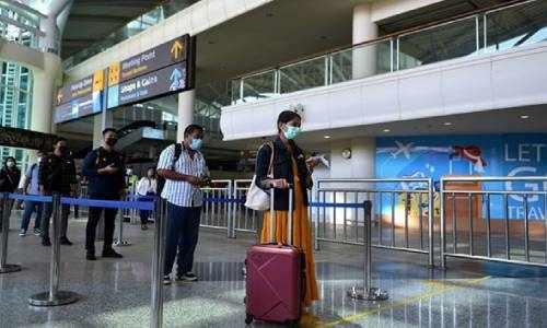 bali, tourists, indonesia, airport, international,