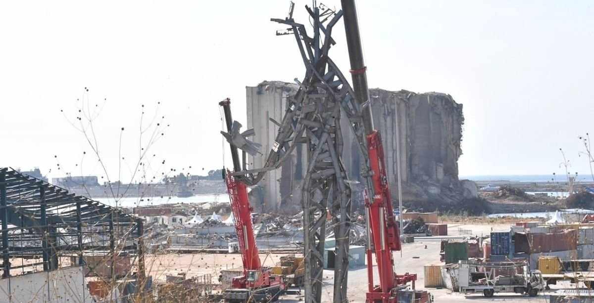 beirut, sculpture, port, people, sparks,