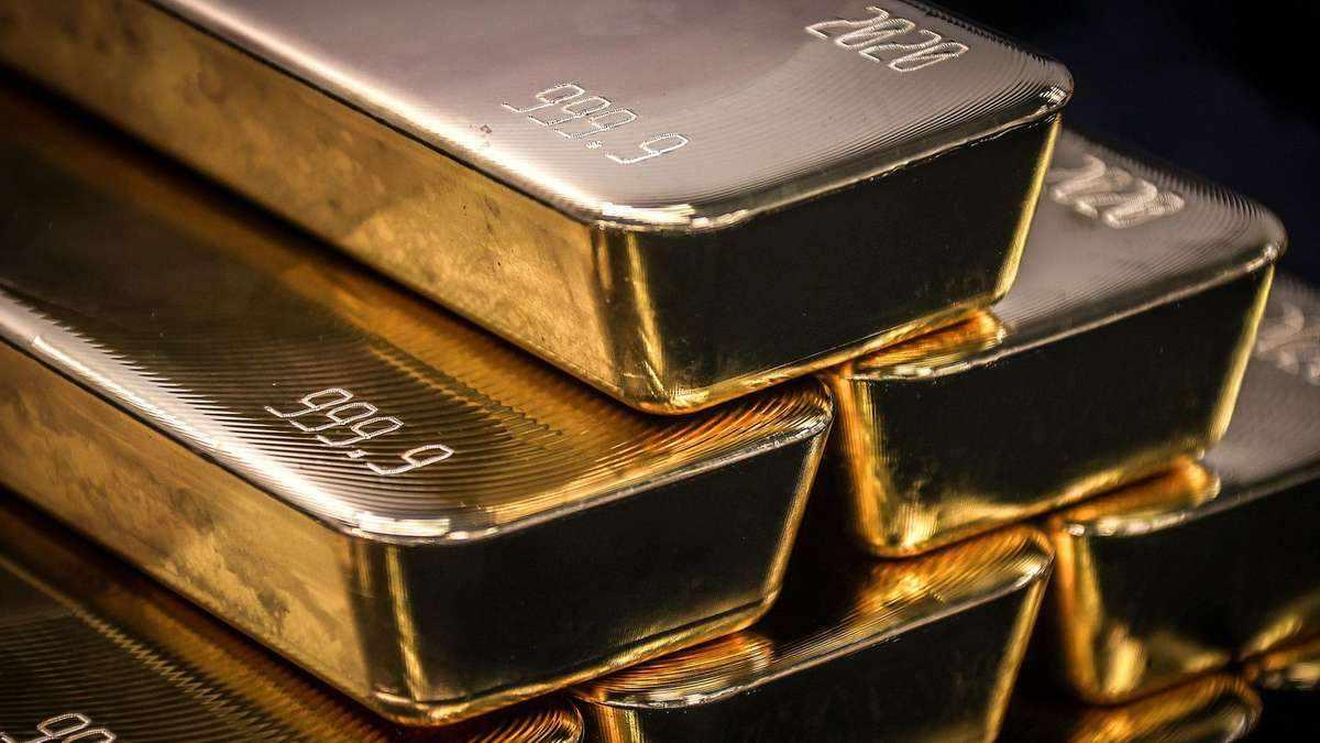 gold plunges appetite riskier assets