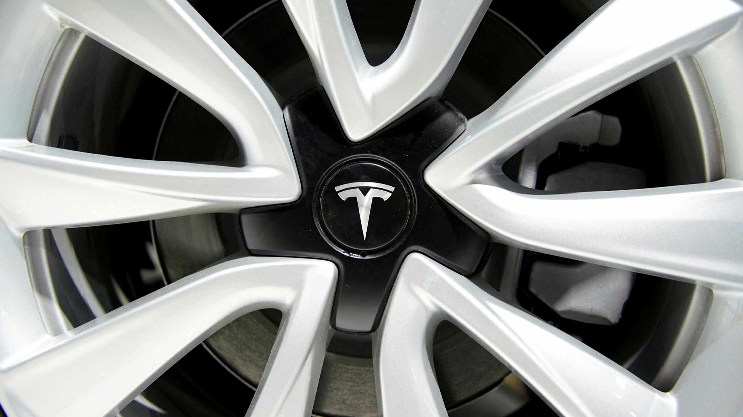 bitcoin credits profits electric car
