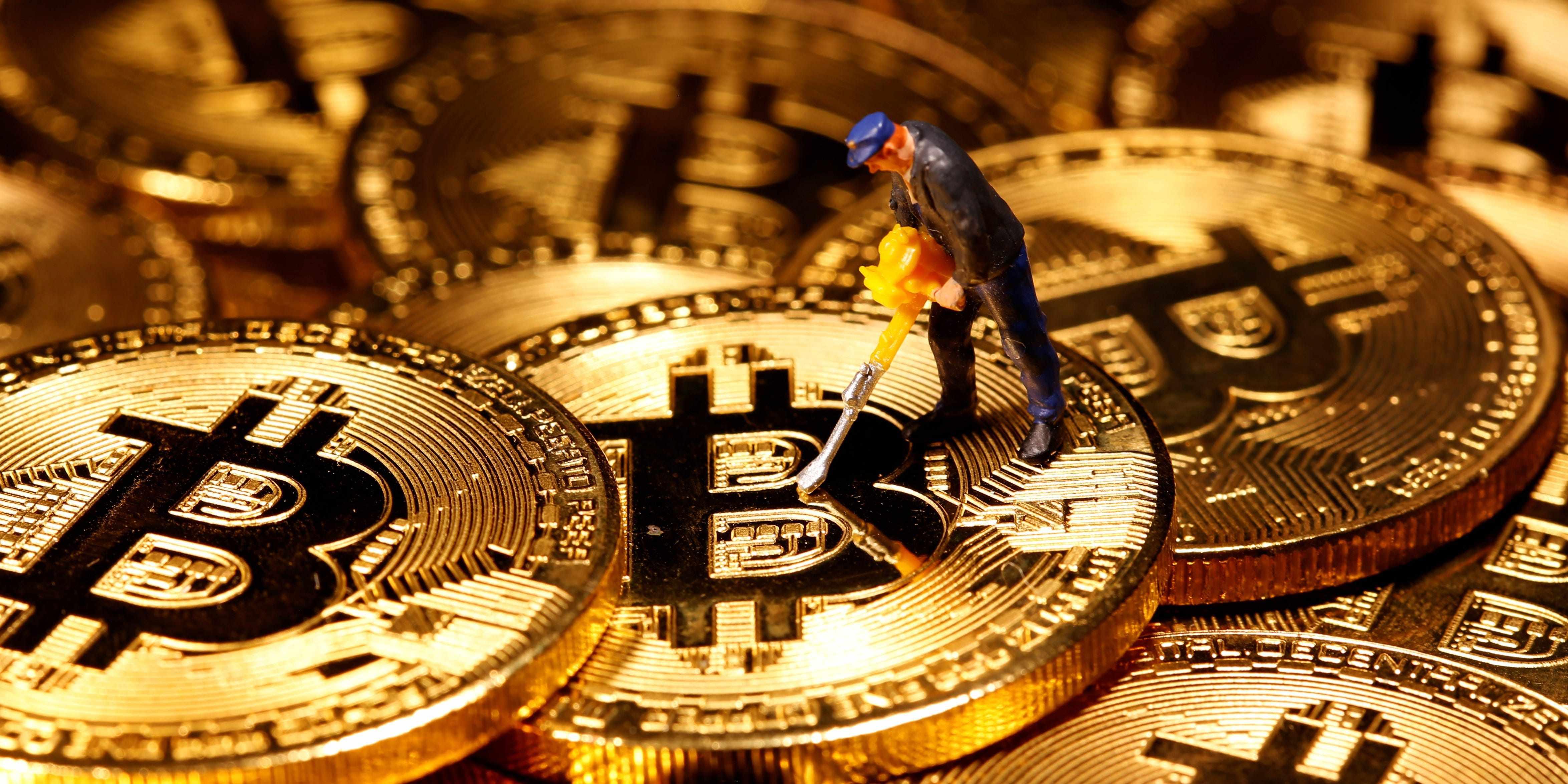 bitcoin palihapitiya investor chamath uncorrelated