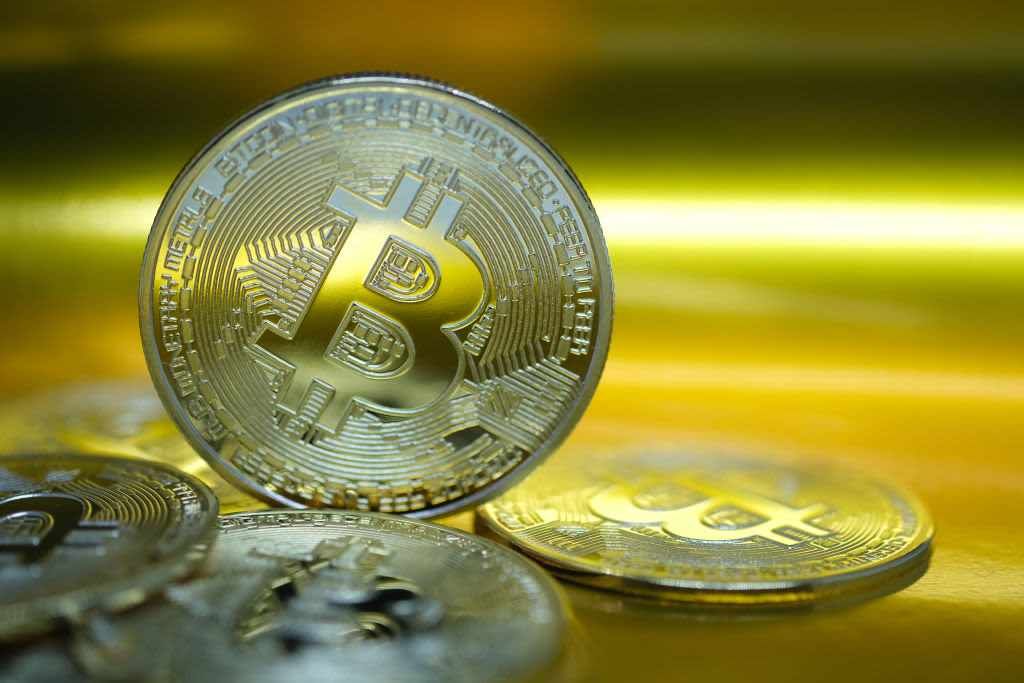 bitcoin risks analysts others cryptocurrency