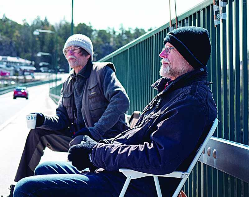border swedish twins covid each