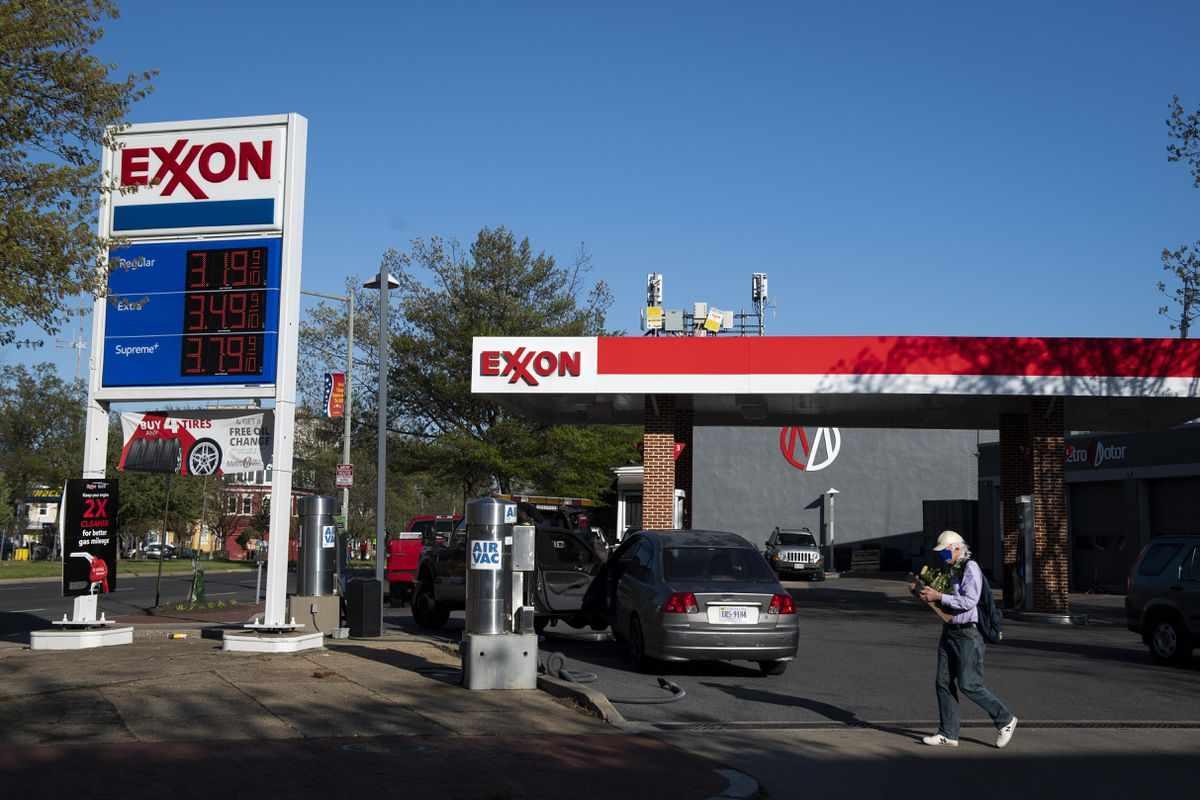 cash dividend exxonmobil