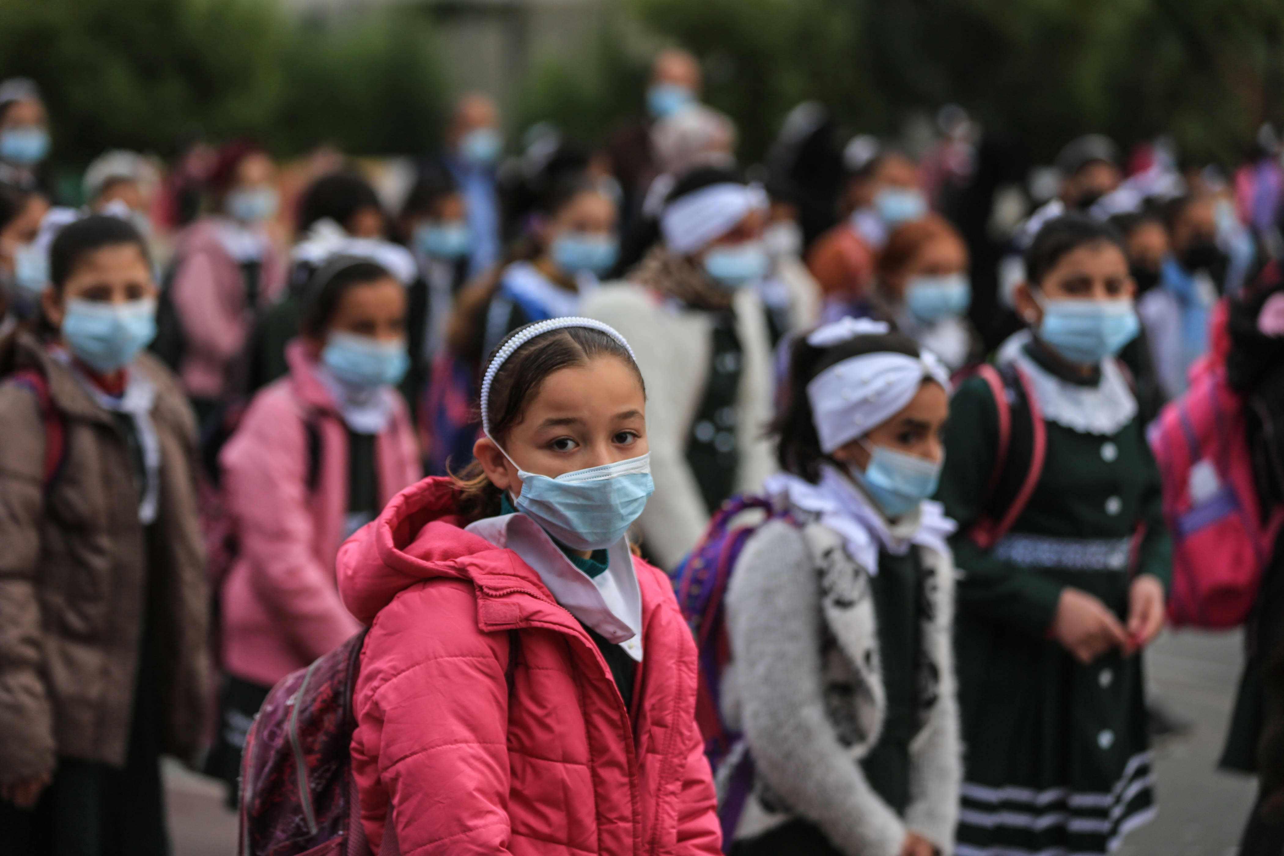 children schools spread covid risk