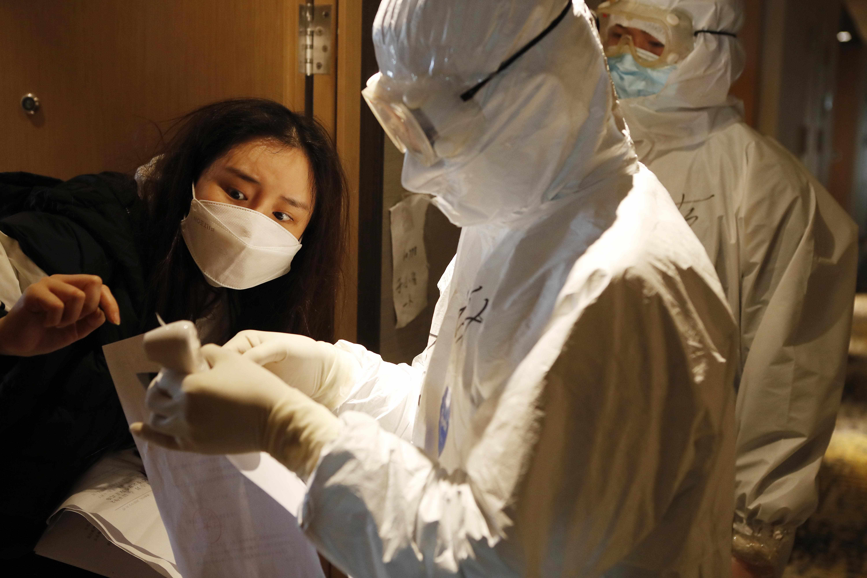 china crisis economy imf pandemic