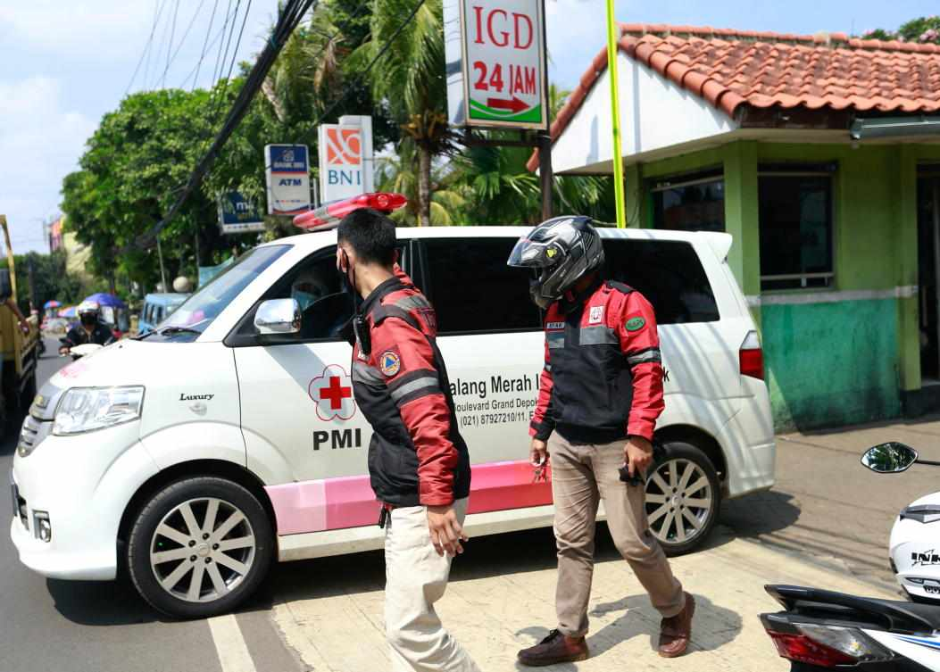 covid indonesians warnings drug rush