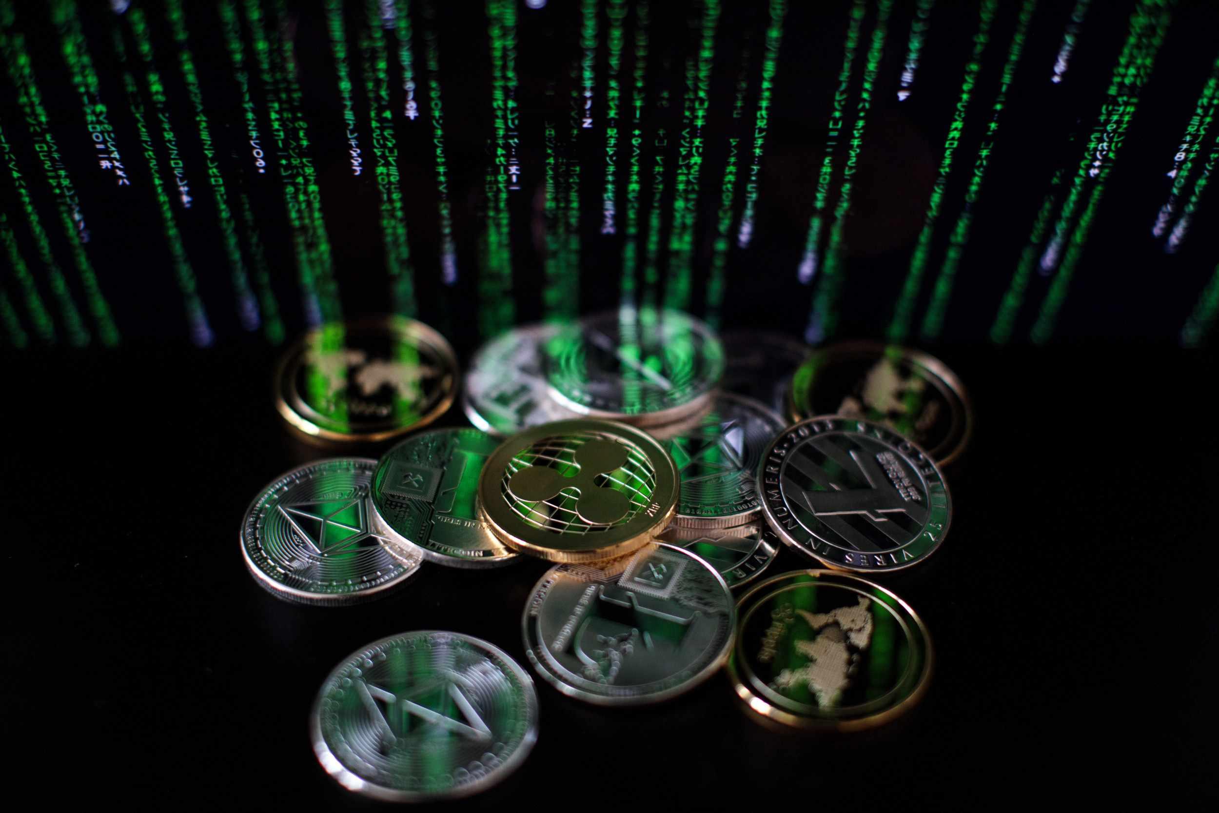 cryptocurrency market investors decentralized cryptocurrencies