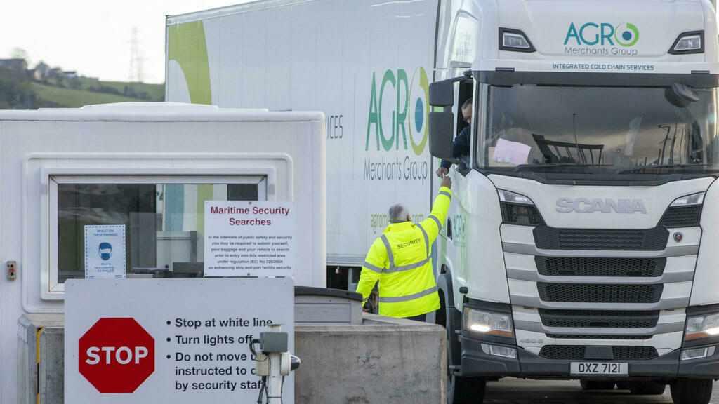 customs, checks, british, northern, ireland,