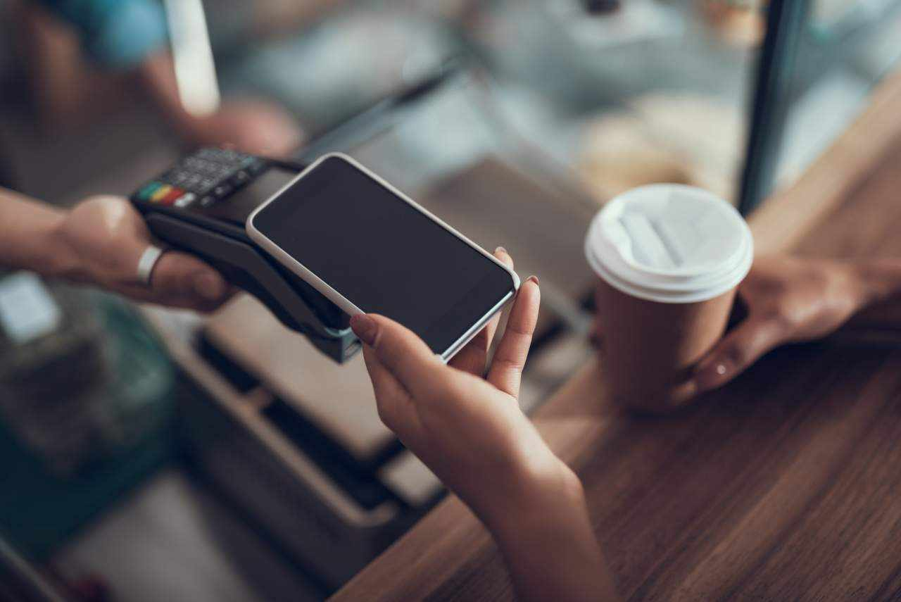 digital pros cons wallets technological