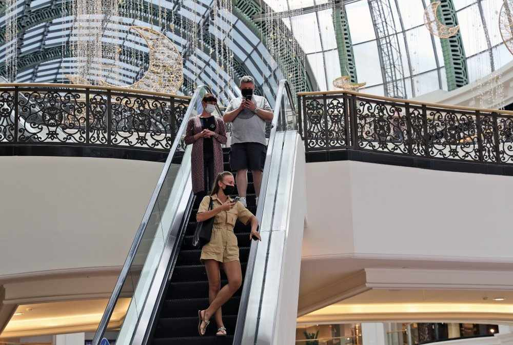 dubai optimistic visitors numbers tourism