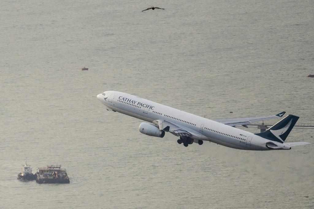 dubai pacific cathay flights hong