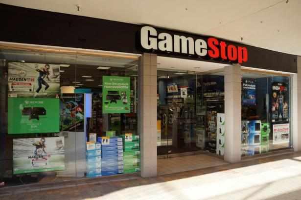 earnings report gamestop traders share