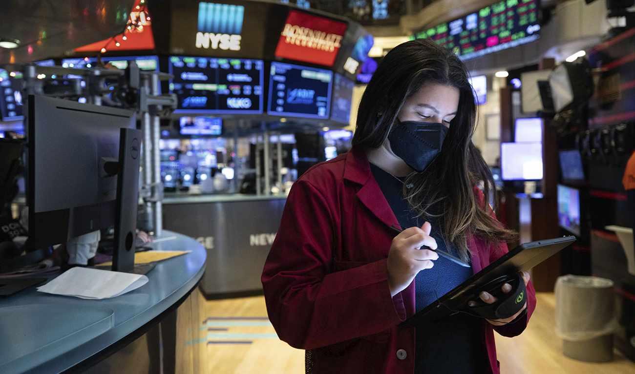 economy industry chiefs optimistic world