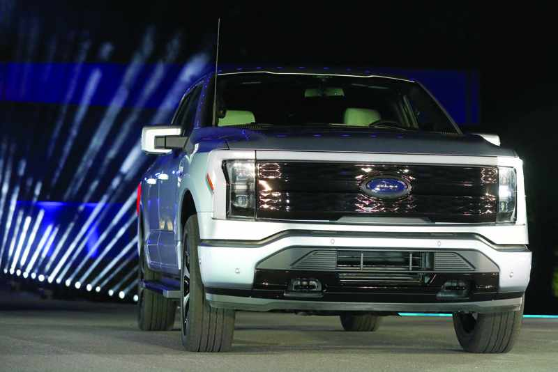 electric vehicles ford sales investment