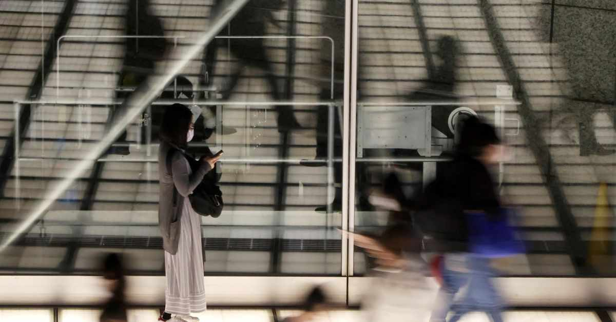 emergency suga japan covid cases