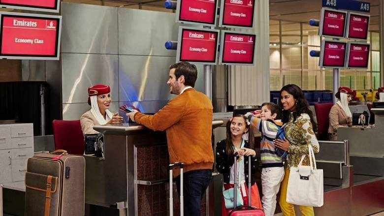 emirates passengers covid tickets refunds