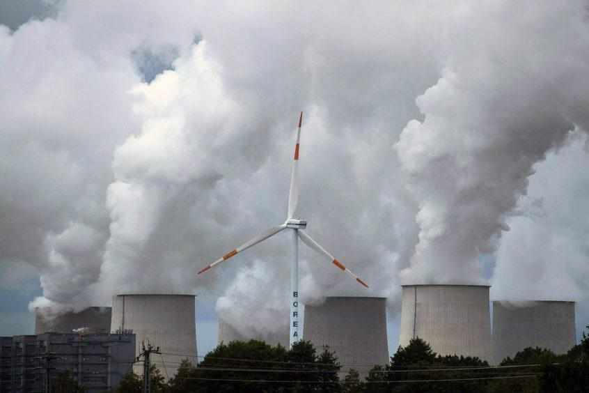 emissions spending green record energy