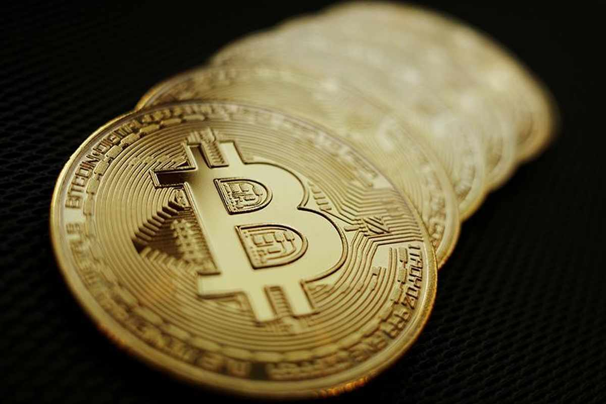 etf, bitcoin, cryptocurrency, futures, wood,