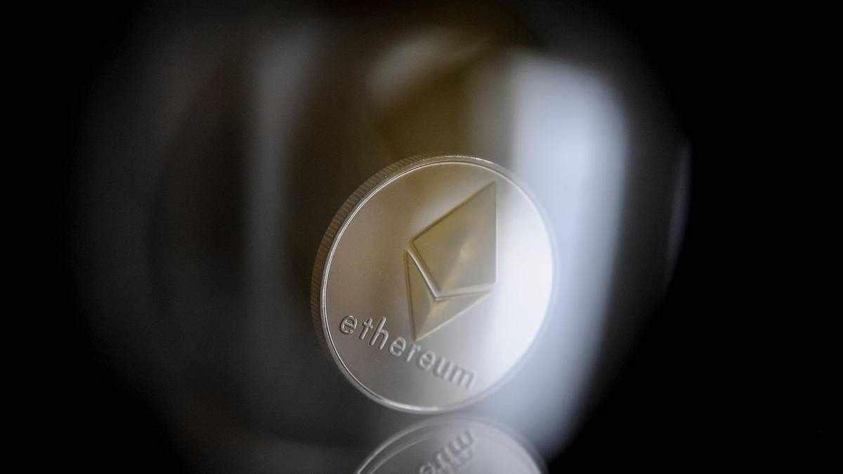 ether bitcoin dominance cent