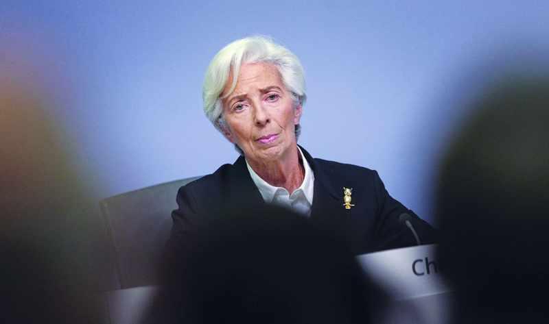 eurozone recession economy enters contrast