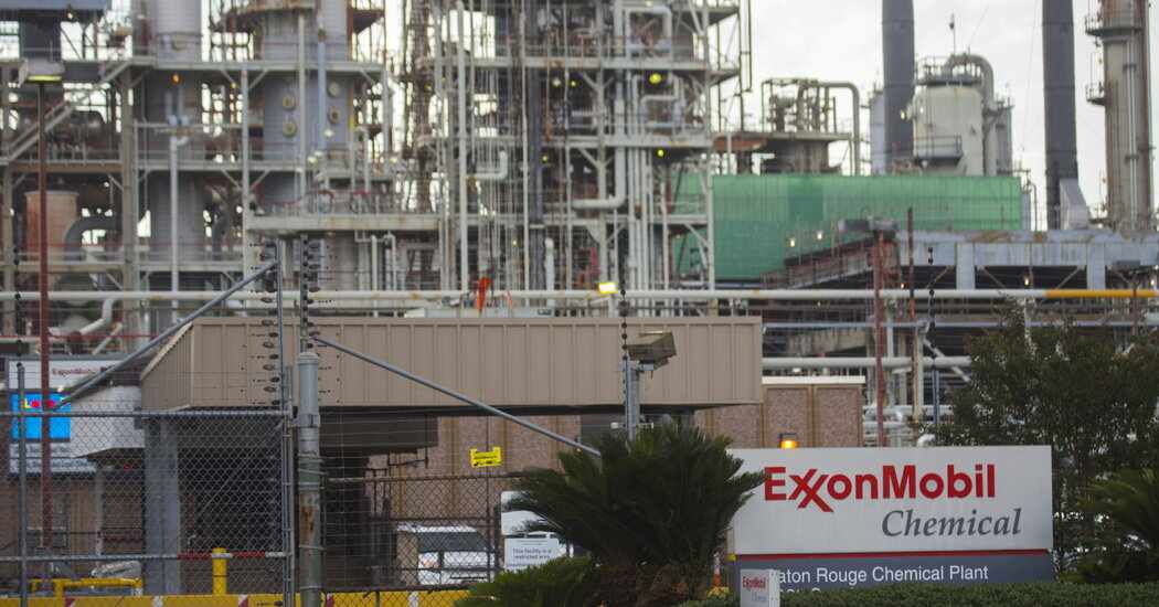exxon mobil chevron report profit