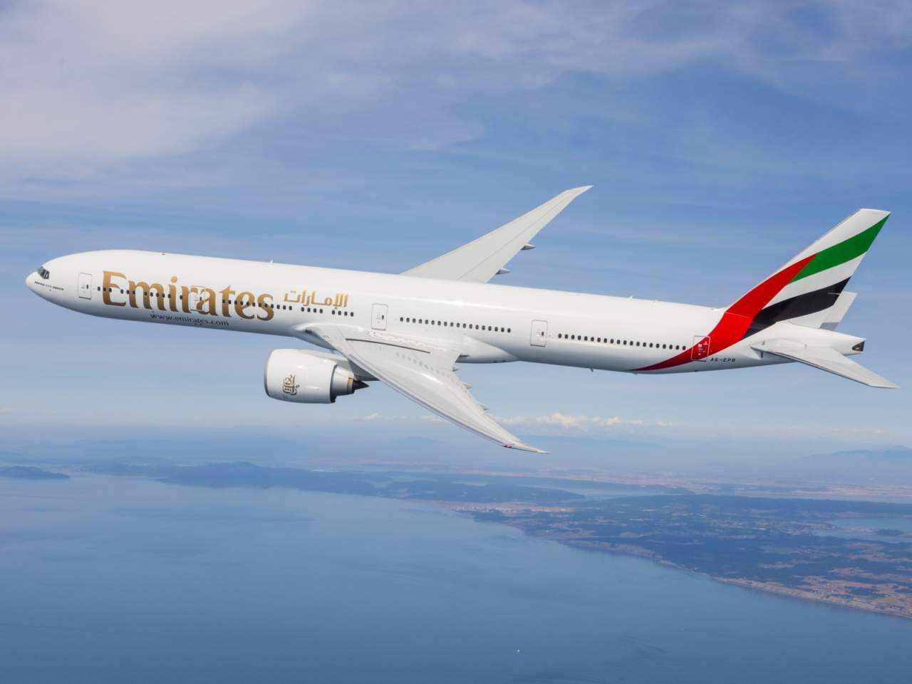 flights emirates miami airline pemirates