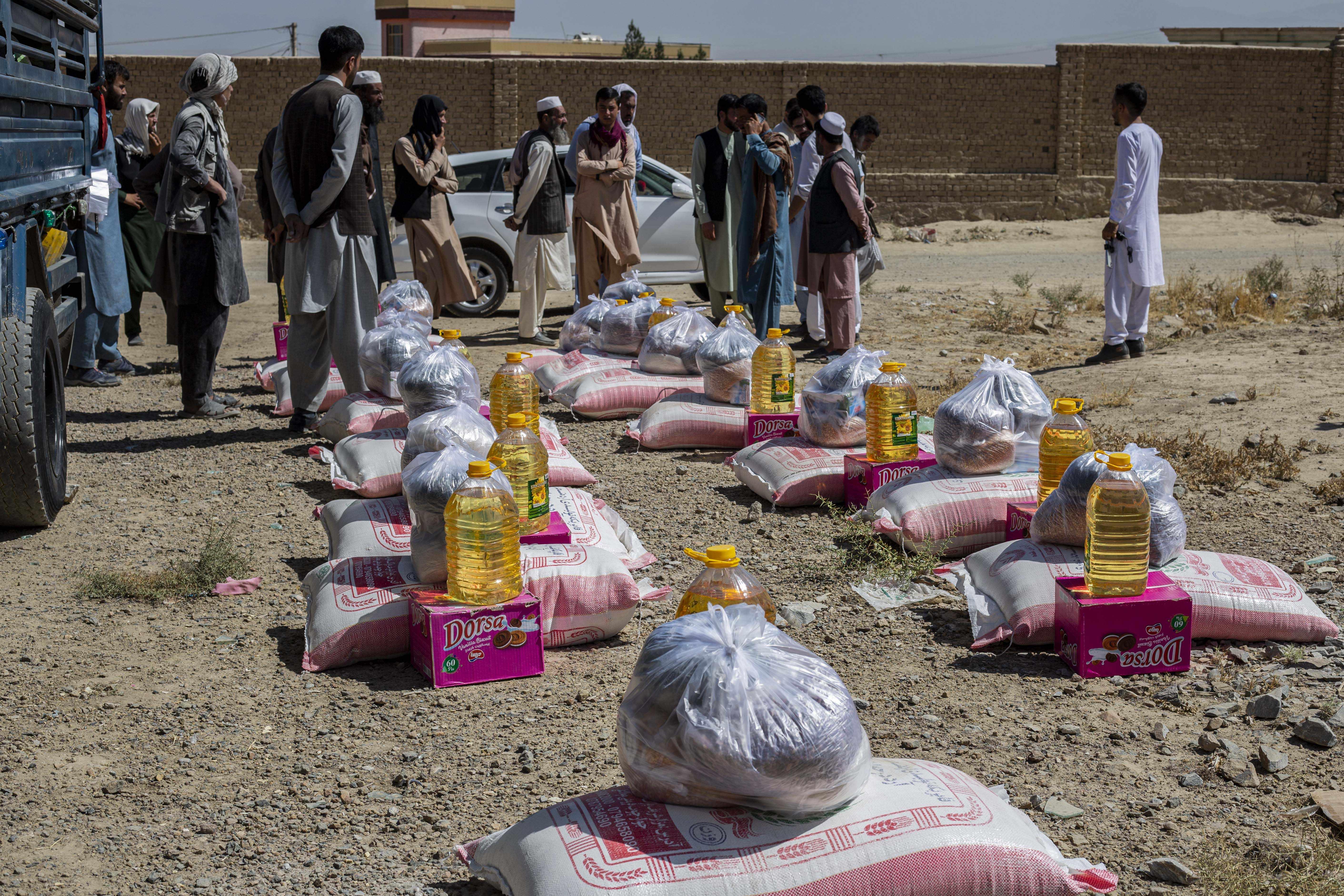 food, nasir, around, afghan, people,