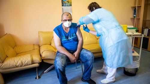 g7 covid-vaccine covid vaccines world