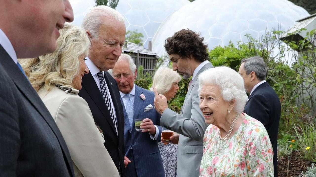 g7 queen world leaders were