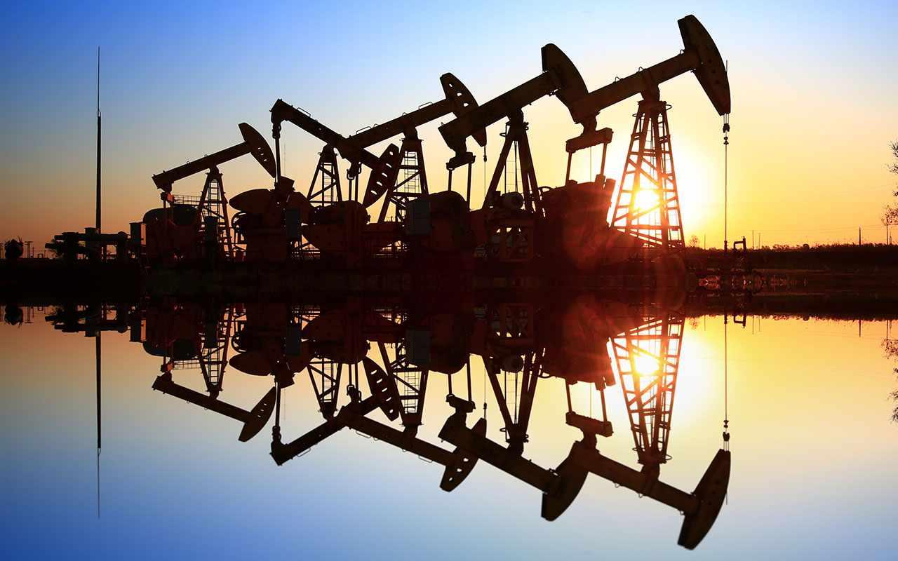 goldman brent oil sees output
