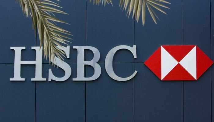 green, hsbc, bank, deposit, funds,