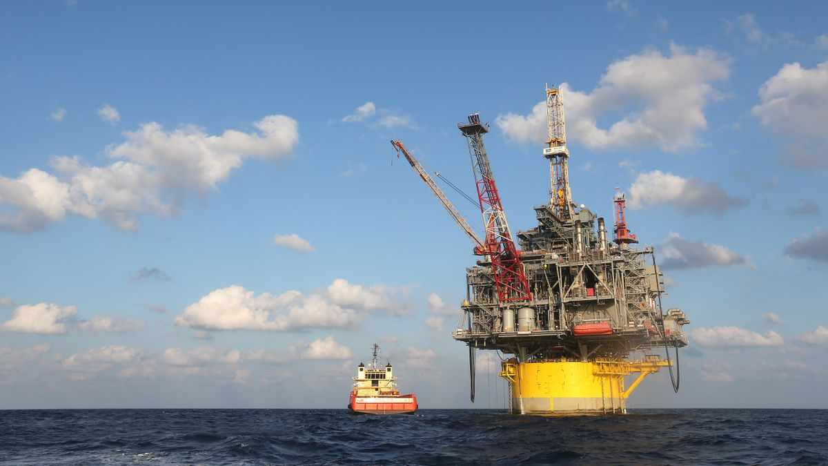 gulf production mexico hurricanes toll