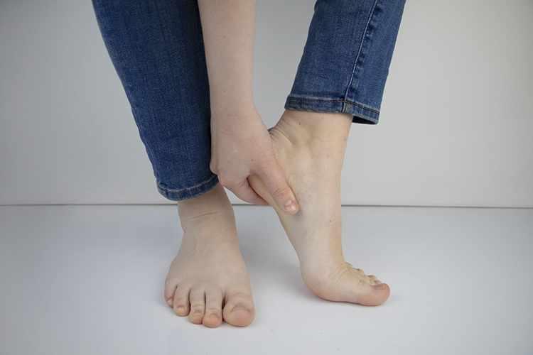 heels home skin water cracked