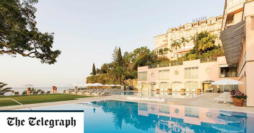 hotels madeira beach pools sea