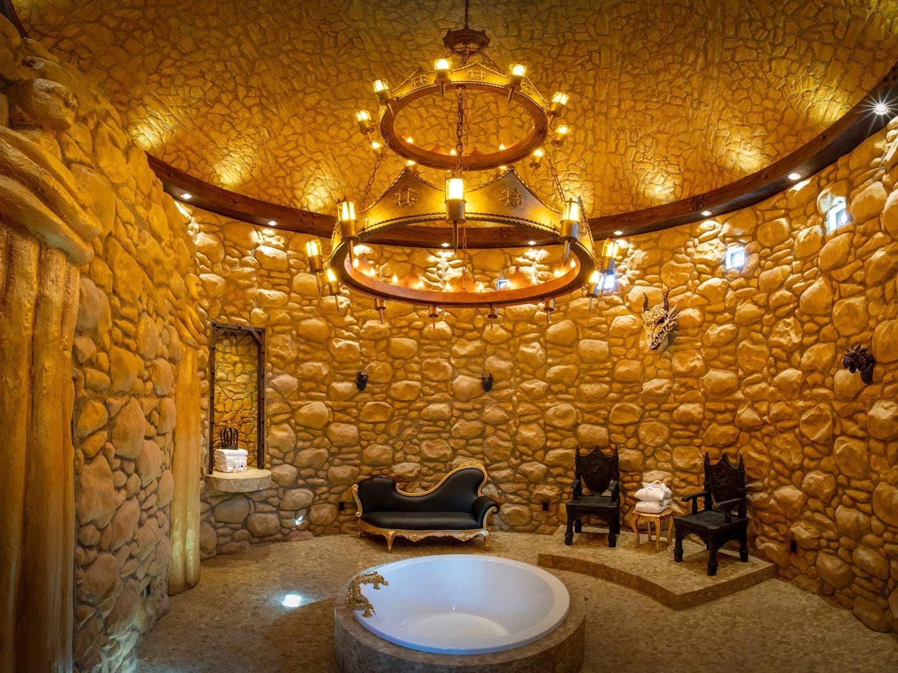 hotels room hot tubs budget
