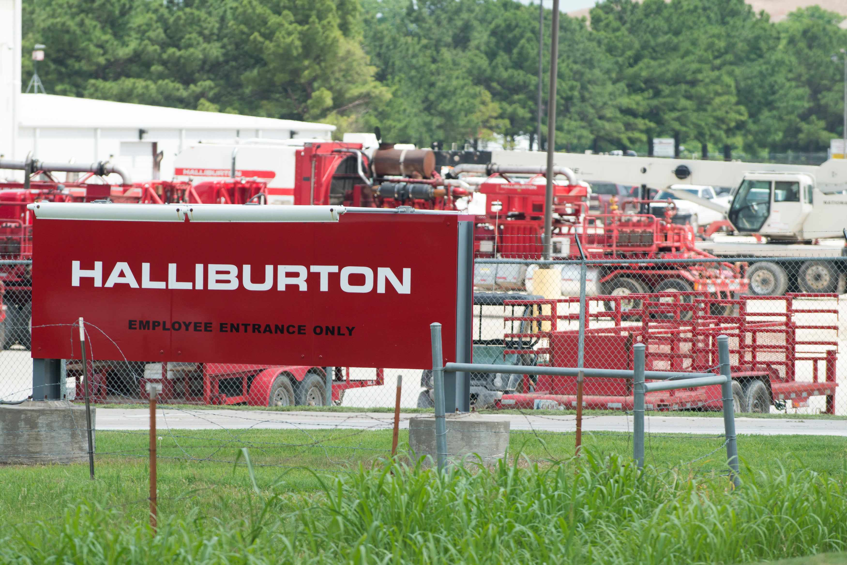 ibm halliburton travelers ppg stocks
