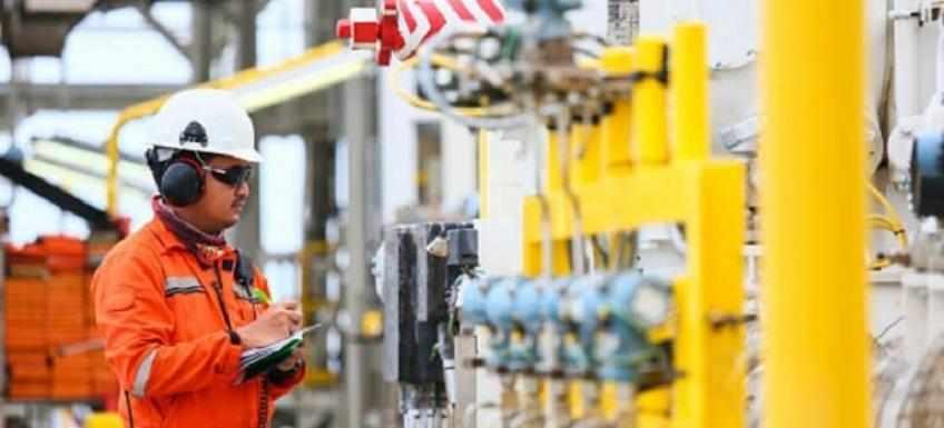 india oil demand clocks weak