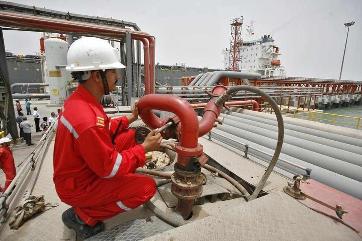 india oil imports refiners pandemic