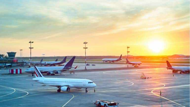international, domestic, airport, operations, delhi,