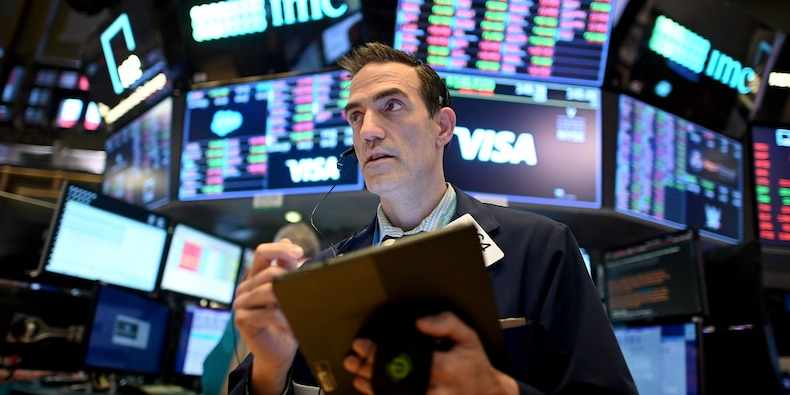 investors inflation tech futures stock