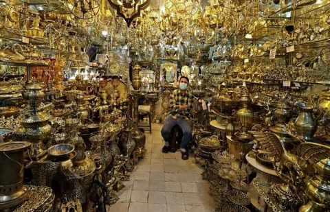 iran mired economic pain crisis