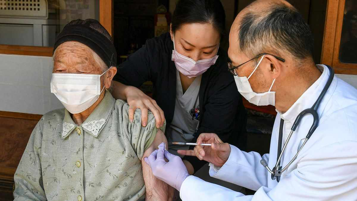 japan opposition olympics vaccination