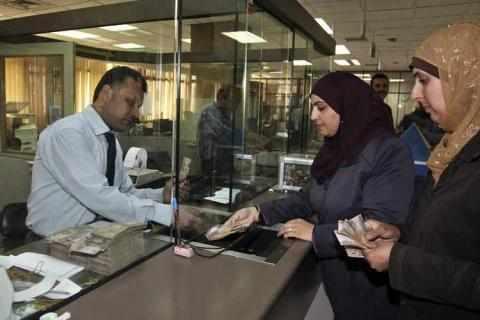 jordan tourism revenues dinars debt